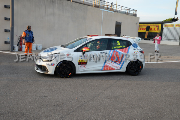 renault-clio-cup-1-023