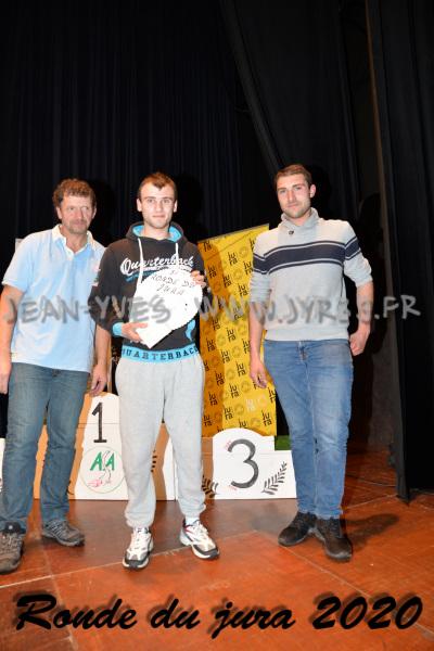 podium 042