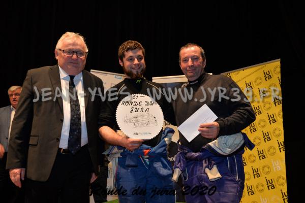 podium 053
