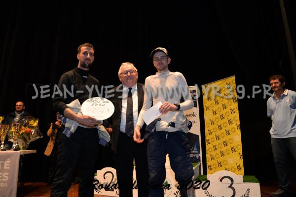 podium 056