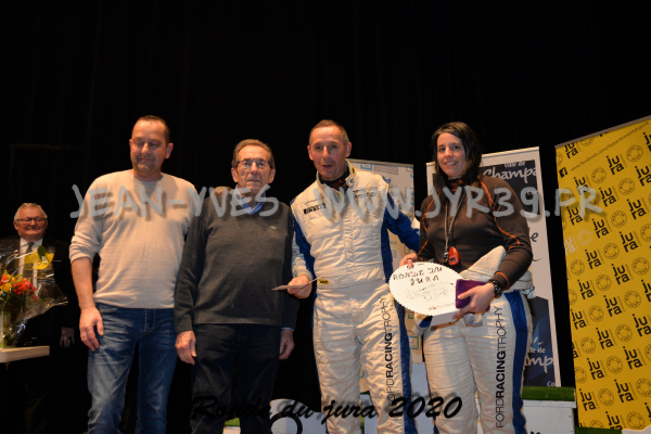 podium 070