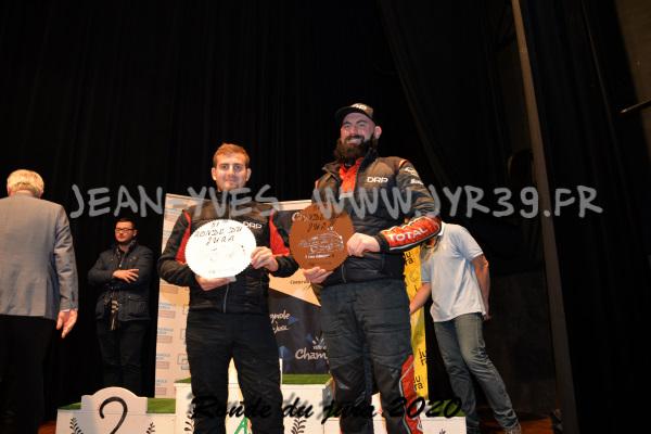 podium 072