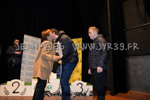 podium 073