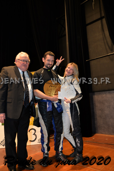 podium 080