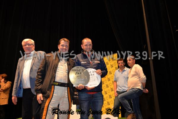 podium 082