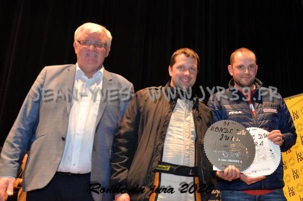 podium 084
