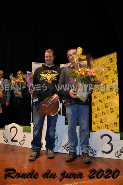 podium 090