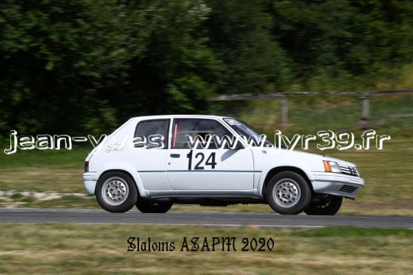 D S 4 140