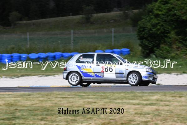 D S 4 320