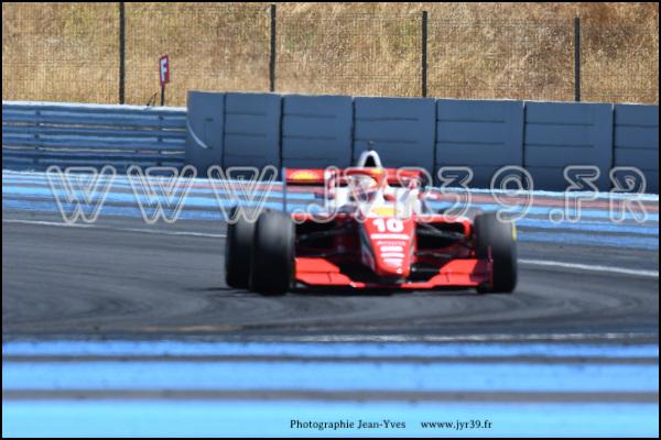 Formula regional european 230