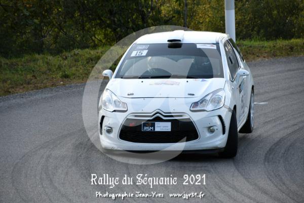 ES 2 109